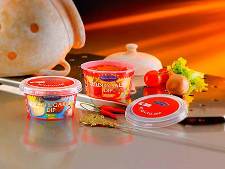 Two new dips in the TexMex range from Nordic spices and tastes supplier Santa Maria now come in a handy packaging solution – a 215ml SuperLock container with click-on screw lid from RPC Superfos