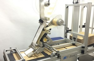 The offline,	stack-to-stack RF-Box Feeder enables users to pre-mark flat cases prior	to erection and filling typically coding 50 to 150 boxes per	minute.