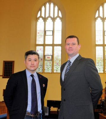 Alloa firm shows a touch of glass to help local church