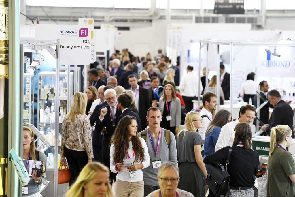 exhibition crowd packaging innovations